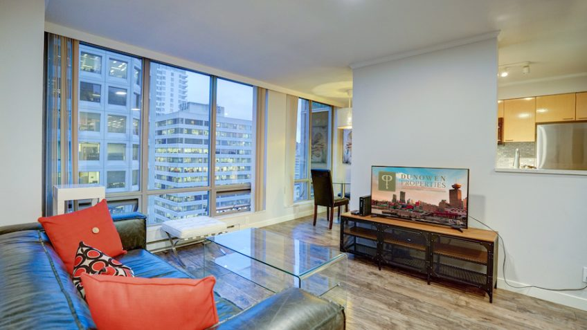 1805 1200 West Georgia vancouver furnished rentals apartments accommodation in downtown Vancouver bc www.dunowen.com
